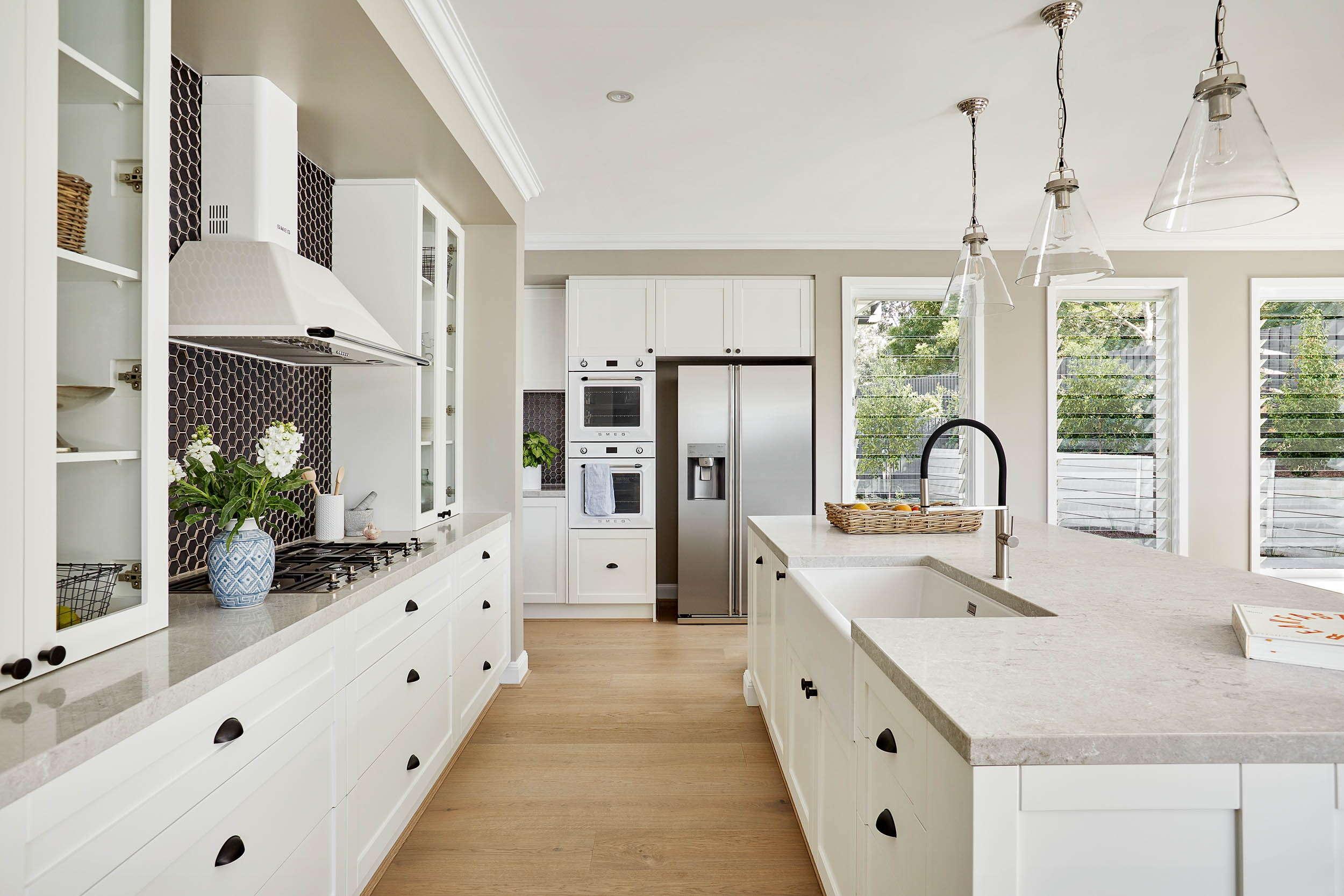 Kitchen designs in 9   Plantation Homes
